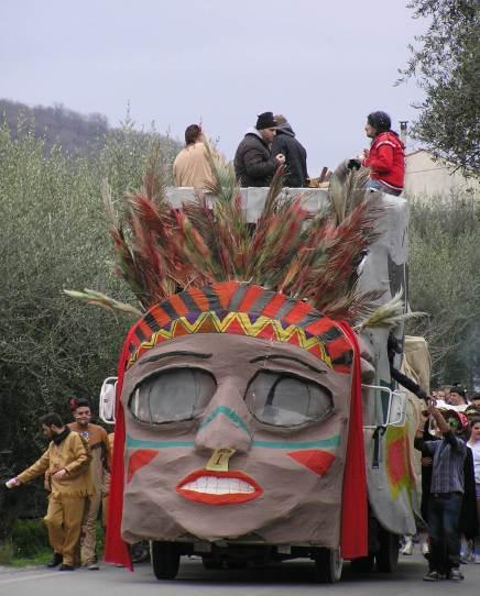 DIY Carnival float Sinagra, ME 2014