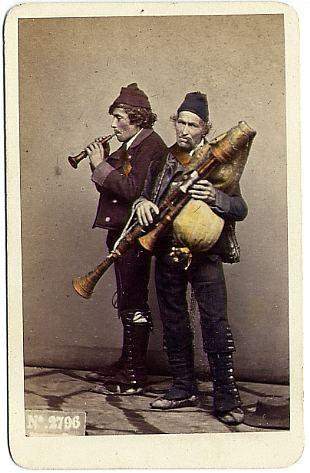 Sommer,_Giorgio_(1834-1914)_-_n._2796_-_Zampognari